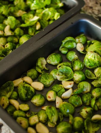 how to cook brussel sprouts in oven with garlic
