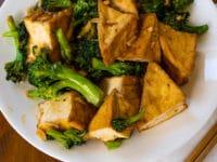 How to Stir Fry Tofu and Broccoli with Hoisin Sauce (Season 1, Episode 6)