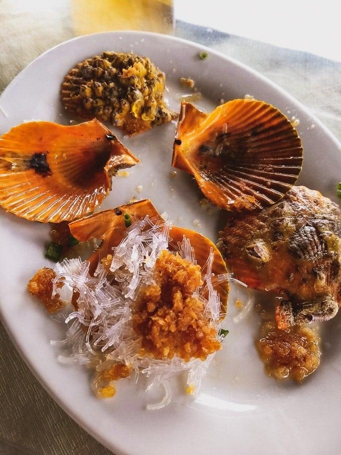 Shenzhen seafood restaurant steamed scallops