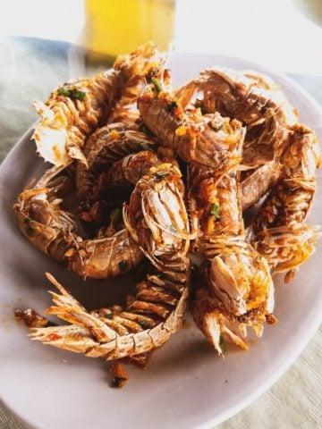 Shenzhen seafood restaurant garlic chili mantis shrimp